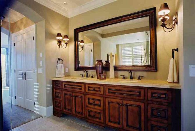 интерьер гостинной в комнате пенал
