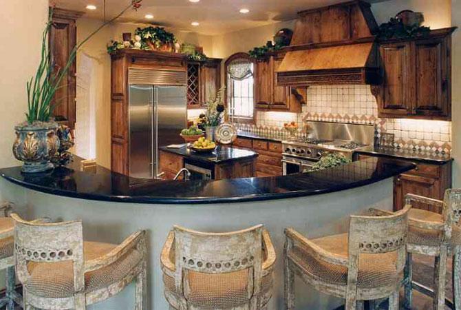 дизайн дачных комнат с ломаной крышей